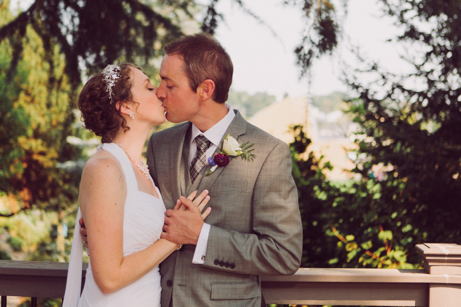 seattle university wedding portraits