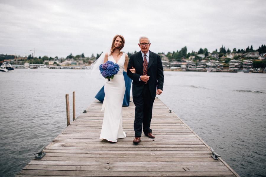 lake union yacht club wedding photos
