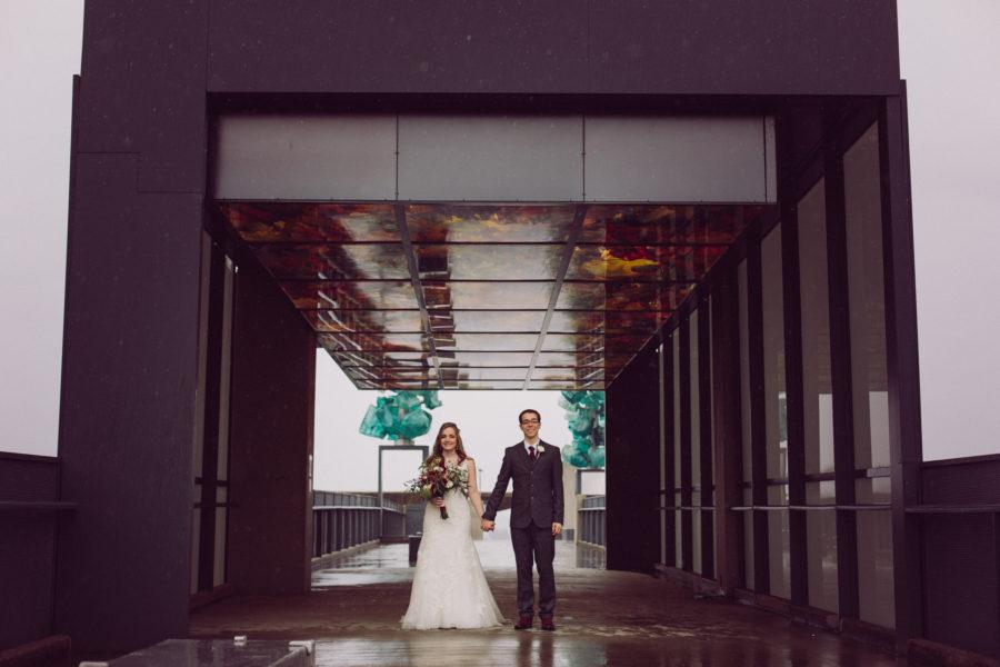 tacoma wedding portraits museum of glass